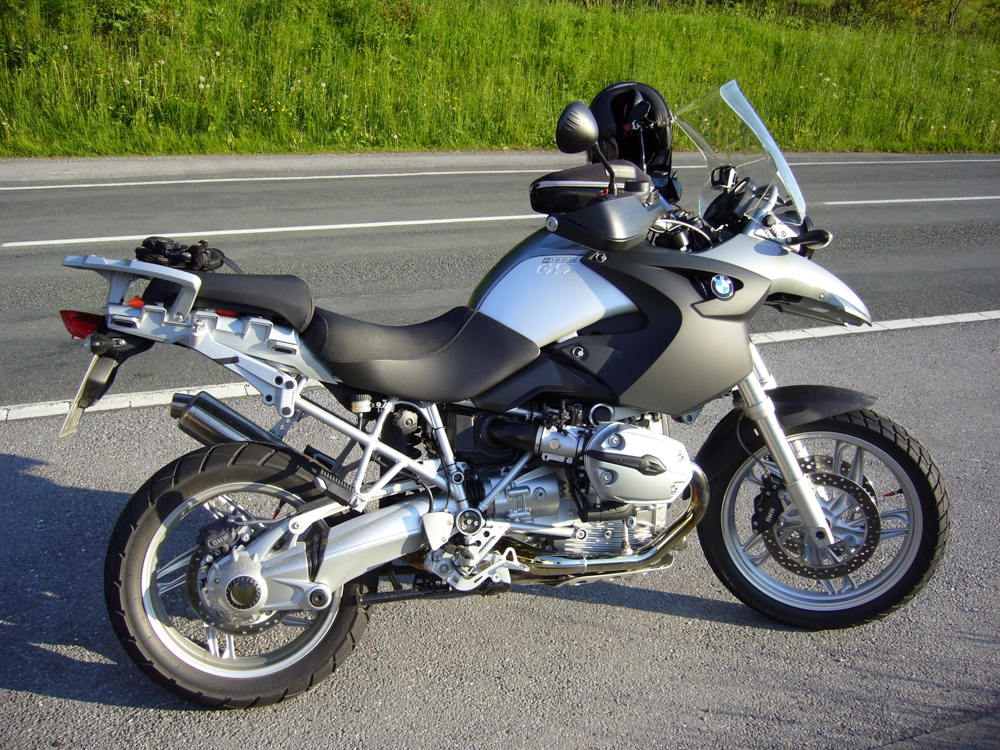 BMW 2006 16